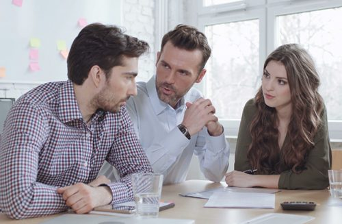 Business English Classes: Phrases to Use in a Business Meeting