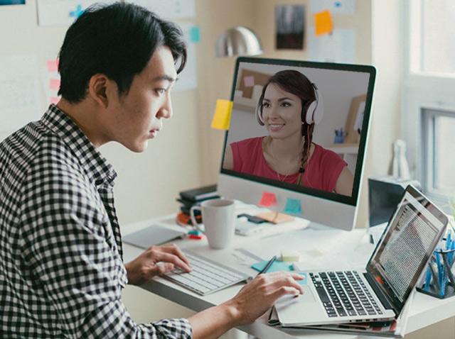 Unlocking Teamwork Skills Through Language Classes for Companies
