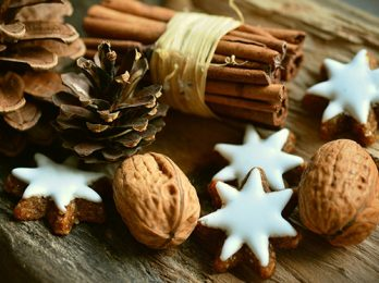 Christmas traditions for foreign language classes